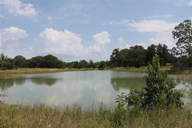 15.4 acres in Powderly