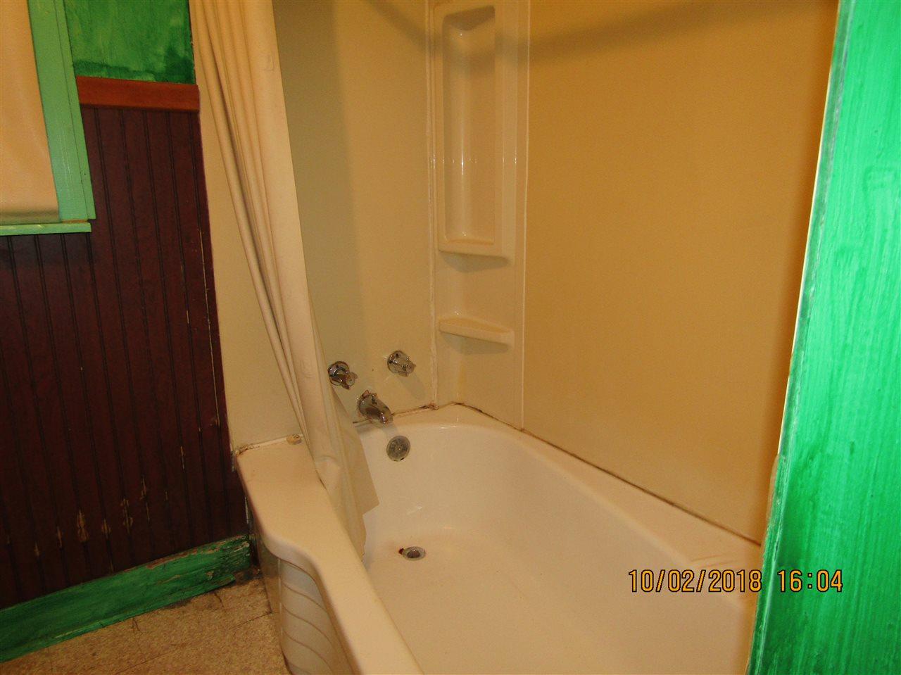 Rooms: CENTURY 21 Harvey Properties