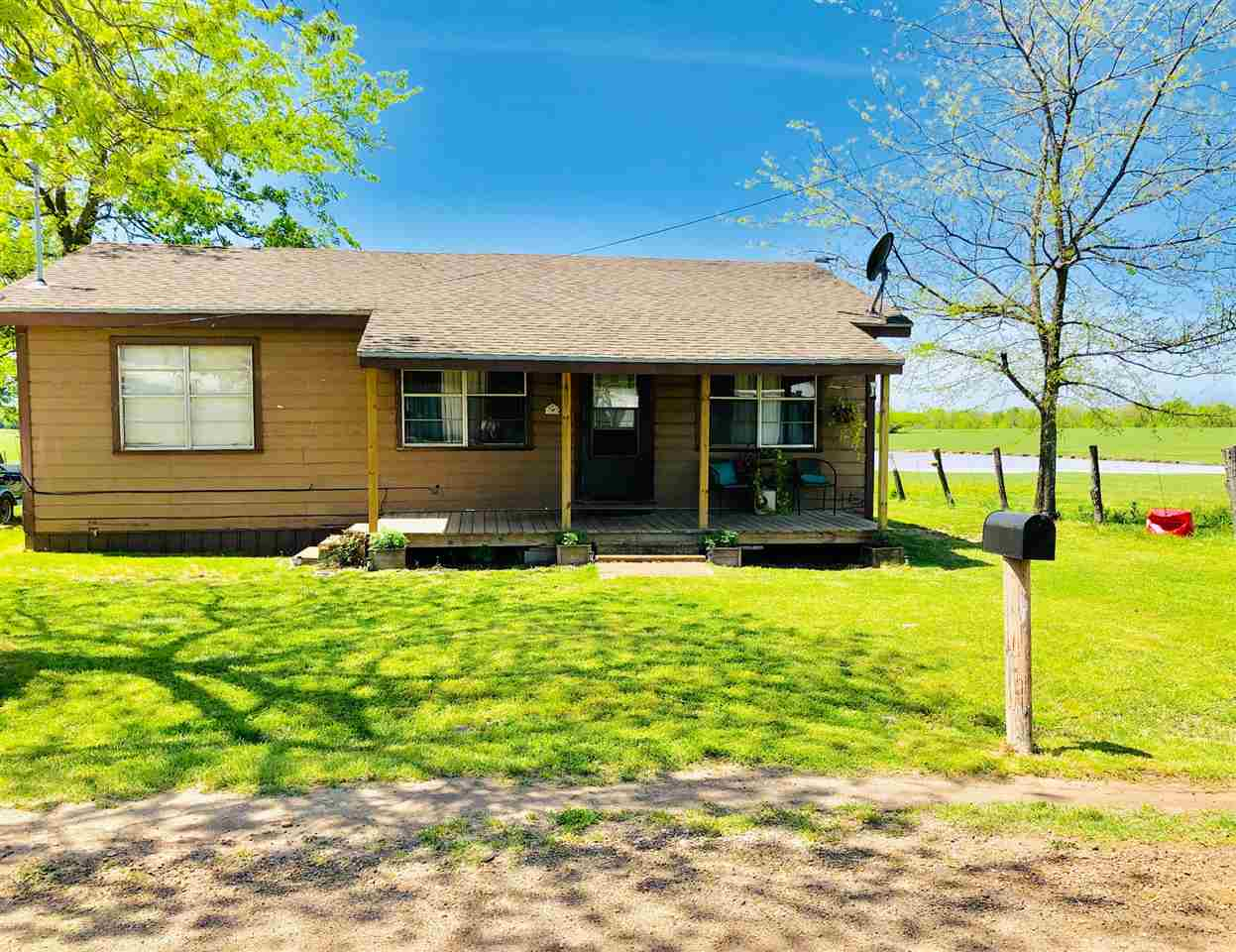 Coldwell Banker Regional Realty - Residential, Farm, Ranches